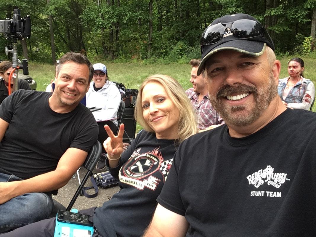 Strain 100 Джемма даллендер, джули кляйн, алексис бузер стерлинг и др. rebel stunt coordinators